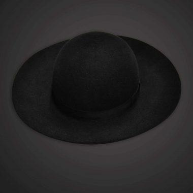 Saturno, Felt